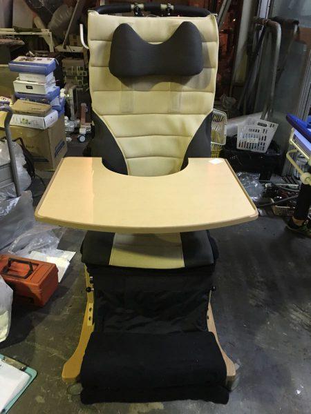 きさく工房 座位保持装置 背リクライニング 介助椅子 450x600