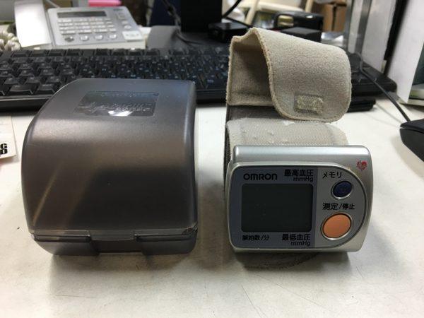 オムロン デジタル血圧計 HEM 632 600x450