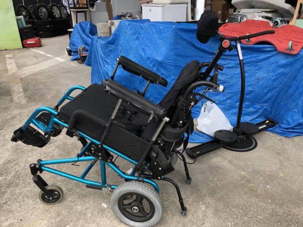 クィッキー QUICKIE 車椅子 介助式 1 600x450
