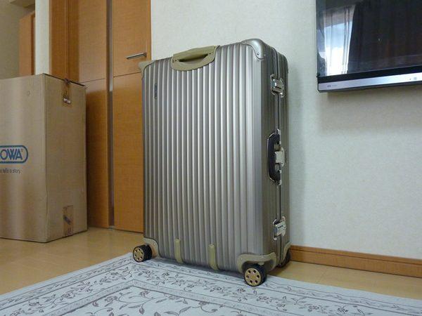 ロゴ リモワ トパーズ チタニウム 104L TSA