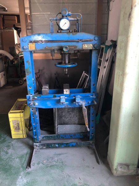 タクボ オイルプレス 門型油圧プレス 15トン