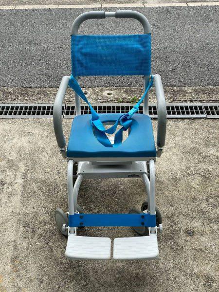 ウチエ uchie O型入浴用車椅子 シャワーキャリー