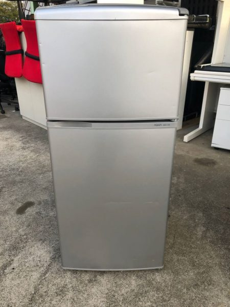 AQUA 2ドア冷凍冷蔵庫 AQR 111D 109L 2015年製 2 450x600