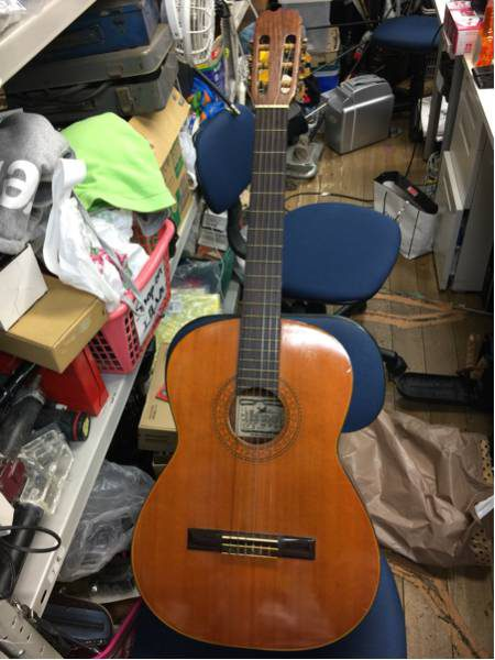 IZUMI HOTA クラッシックギター 120 450x600