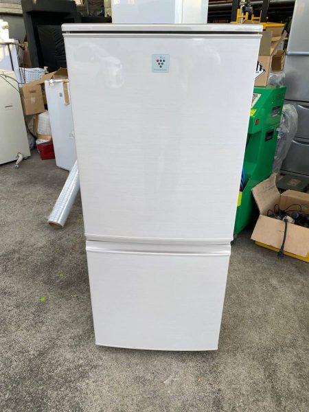 SHARP シャープ 2ドア 冷凍冷蔵庫 137L SJ PD14 A C 2015年製 450x600
