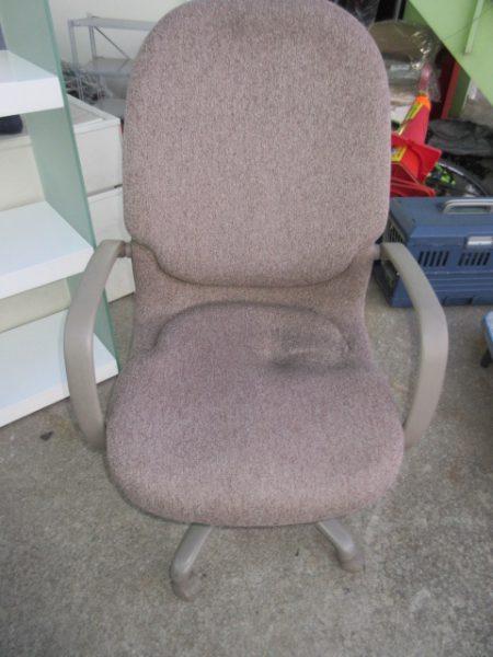 オカムラ■okamura■事務椅子■肘付■ CA55ZR 回転キャストチェア 450x600