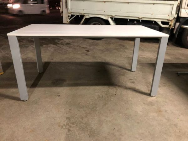 ミーティングテーブル 会議テーブル 150X75.5X70 2015年製 600x450