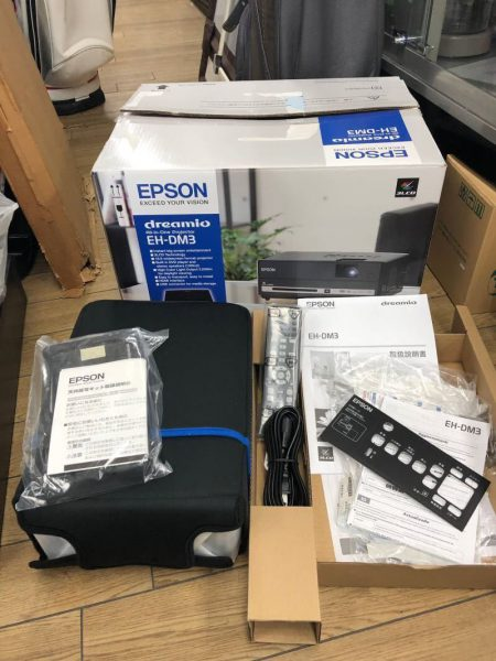 未使用 エプソン EPSON オールインワンプロジェクター EH DM3 2017年 450x600