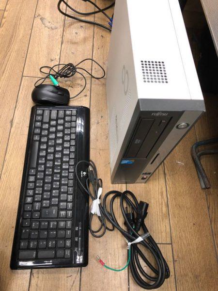 FUJITSU ESPRIMO D5280 FMVDC2A0C1 core2DUO 2GB Windows7 キーボードセット 450x600