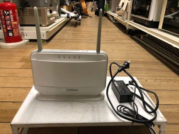 Softbank ソフトバンク エアーターミナル wi fi 無線ルーター J18W133.00 600x450