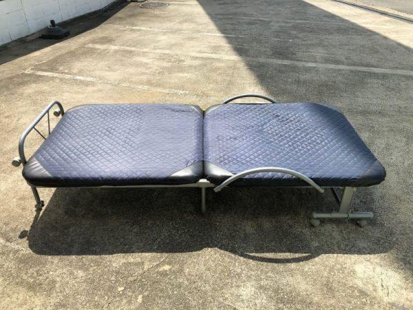 リクライニング式 折りたたみベッド 96X52X108