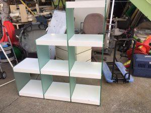 ガラスオープン棚 三段棚 階段タイプ 120X35X131 300x225