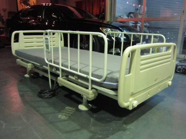 低床 ケプロコア 電動介護ベッド 820R マットレス付★